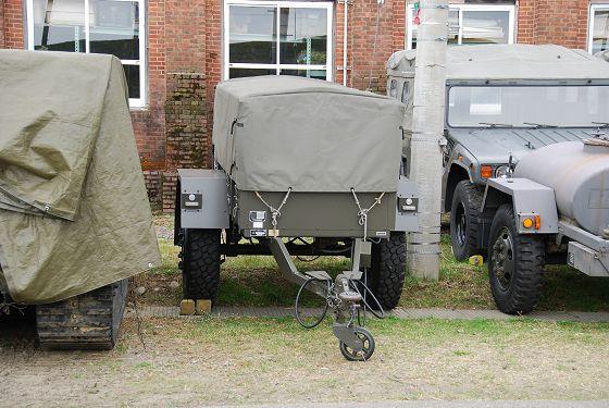 陸上自衛隊:1t トレーラ(高機...
