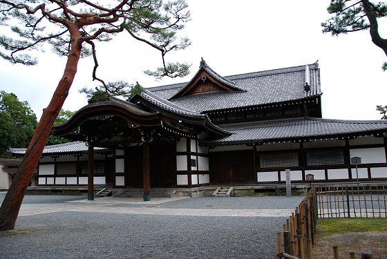 京都市の近代建築物:京都市武道...